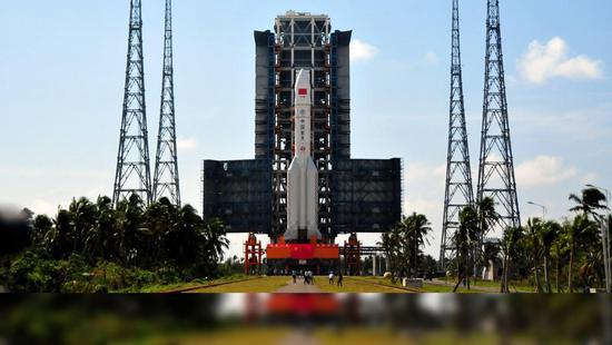 中国航天大事记:大型运载火箭长征5号成功发射