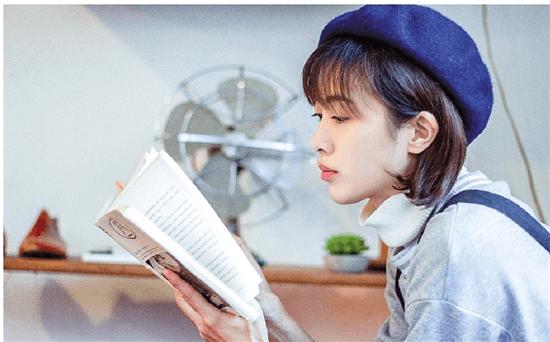 """杭职院女生专拍""""网红""""同学 一年积累众多粉丝"""