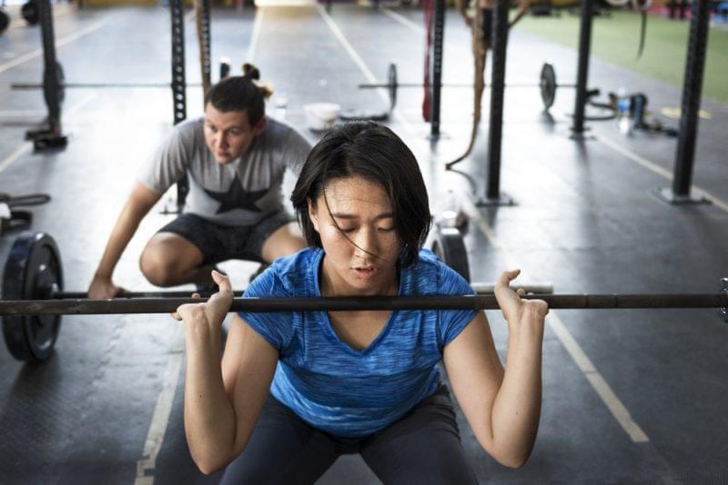 力量训练让跑者变强变快 需防三大错误