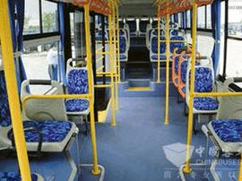 """青岛市内200余条公交线路可""""邮寄""""孩子上学"""
