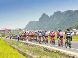 """高清美图!中国最美赛道""""环广西""""马山赛段掠影"""