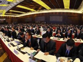 李纪恒:扎实做好自治区成立70周年庆祝活动筹备工作