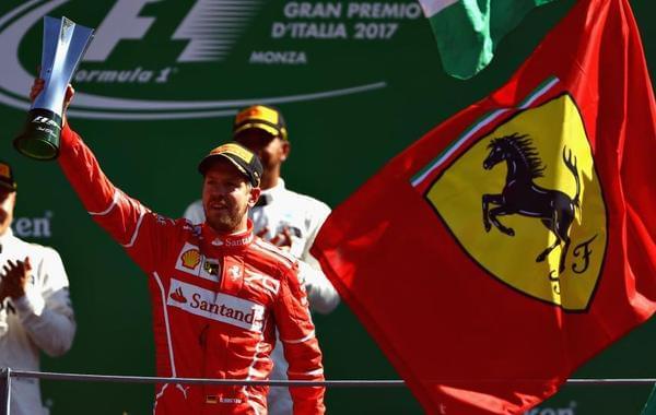 F1意大利站梅奔包揽一二