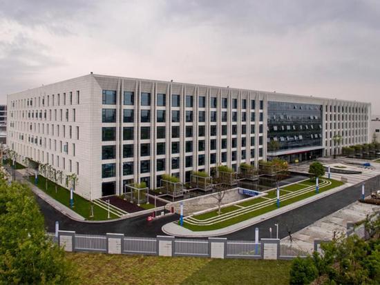 吉利汽车(杭州湾)研发中心由整车研究院,汽车动力总成研究院,新能源