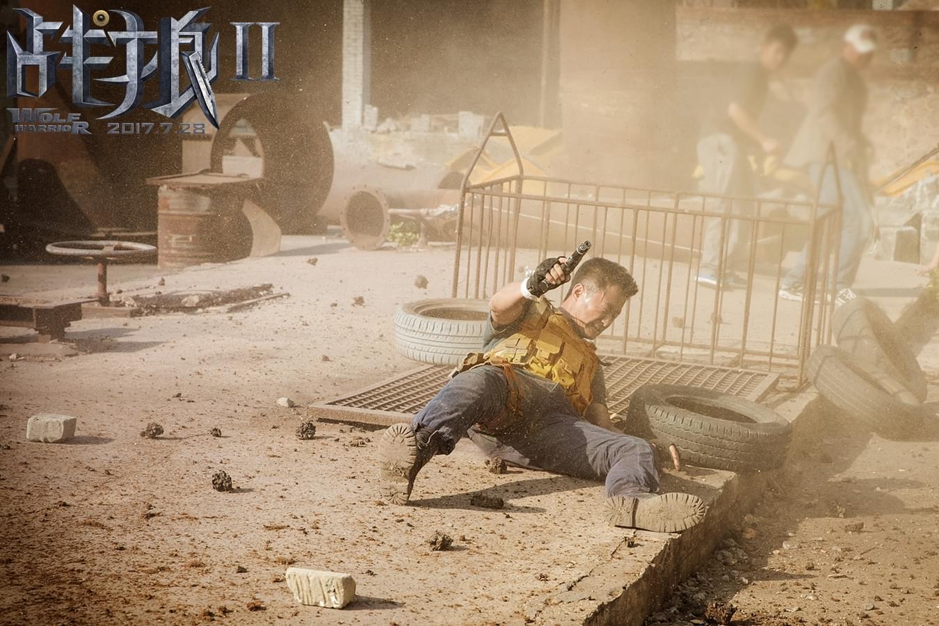 《战狼2》公映火爆遭盗版 盗版商自己都看不下去
