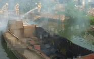 沈高一水泥船突发火灾 消防官兵迅速救援