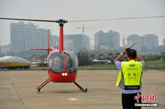 价格超出大众支出预期 中国低空旅游艰难起飞