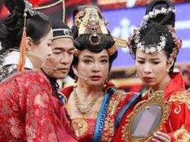 刘晓庆重现女王风采 时隔22年气场不减