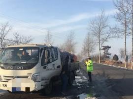 壶关县西柏林路段:2辆车超员被抓现行