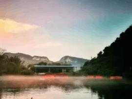 """70多米深的""""柳州天池"""" 发现一个令人惊叹的世界"""