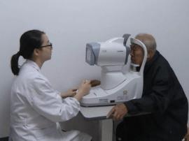 眼睛出现这些问题赶紧就医 小心延误治疗导致失明