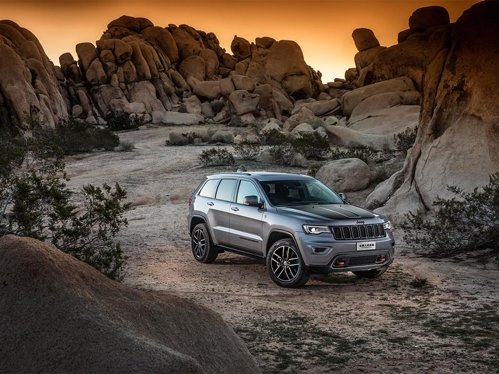 售57.99万-77.99万 Jeep新款大切诺基上市