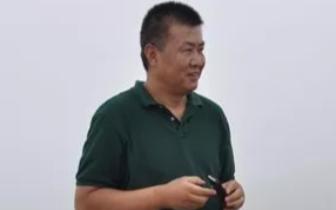 张汉中:甘愿做一颗螺丝钉