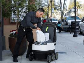 硅谷已经有无人车在送外卖啦,你期待吗?