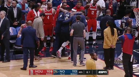 悲劇!表弟15+13+11拿大三元 最後8秒無對抗左跟腱受傷(影)-Haters-黑特籃球NBA新聞影音圖片分享社區
