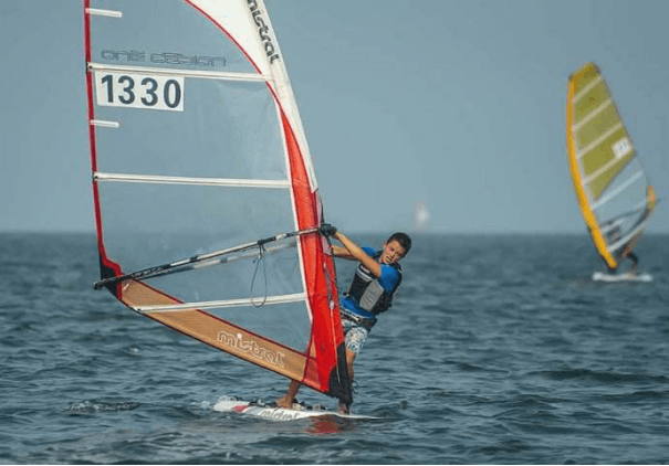2017年全国翻波板锦标赛盛大登录北海市
