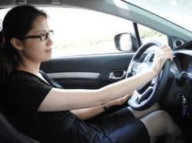 注意!唐山女性驾车时常见的三点问题解析