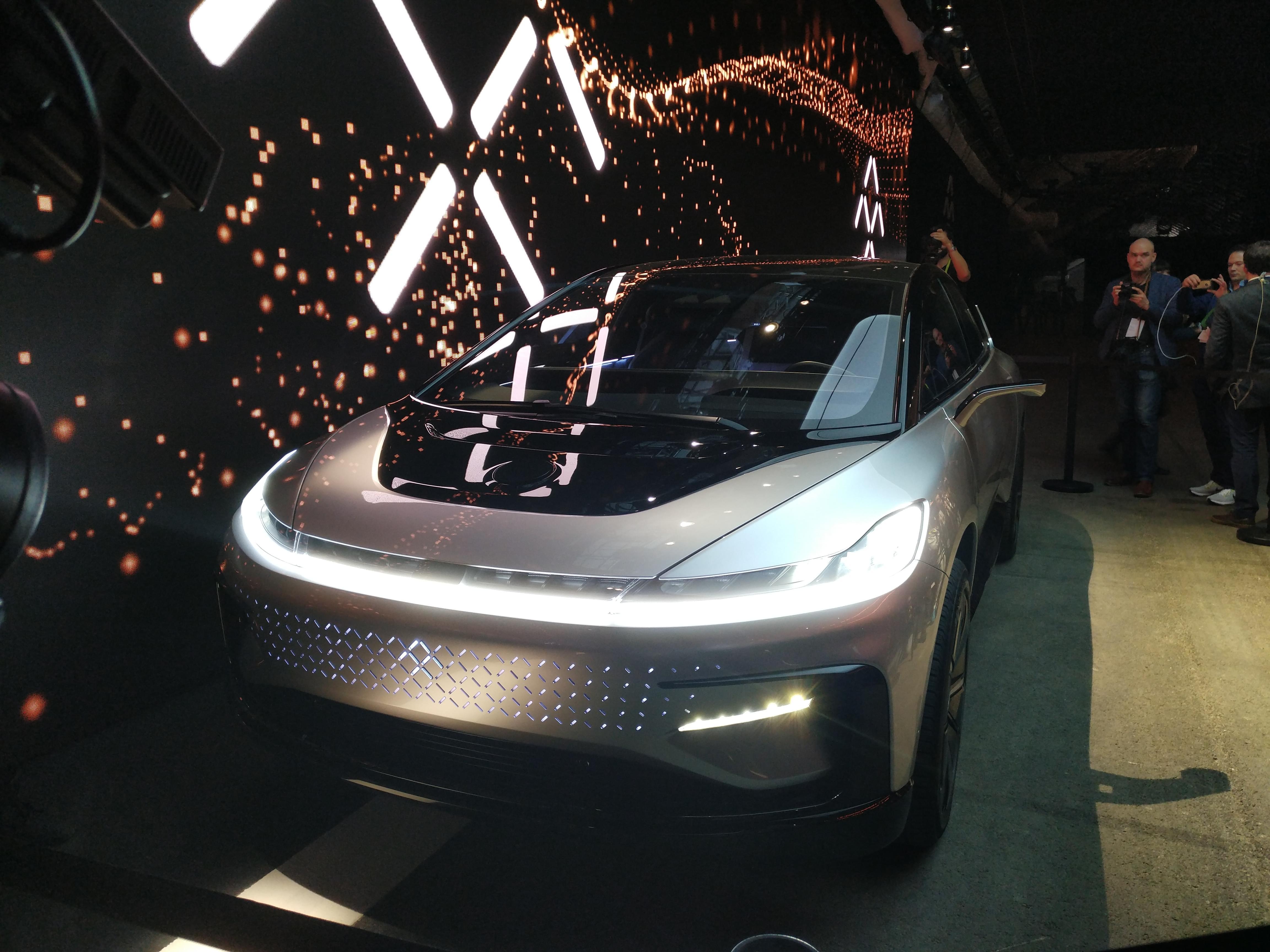 法拉第发量产汽车FF91 贾跃亭称能代替所有车型的照片 - 1