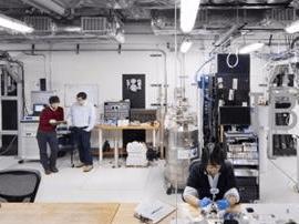 """IBM Q系统""推出地表最强量子处理器"