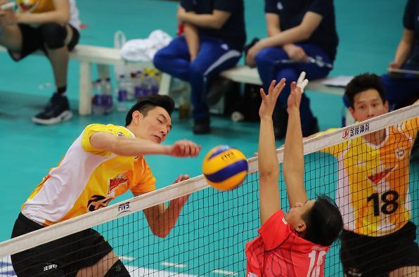 男排联赛-上海横扫北京赢冠军点?博彩公司数据透露最终比分