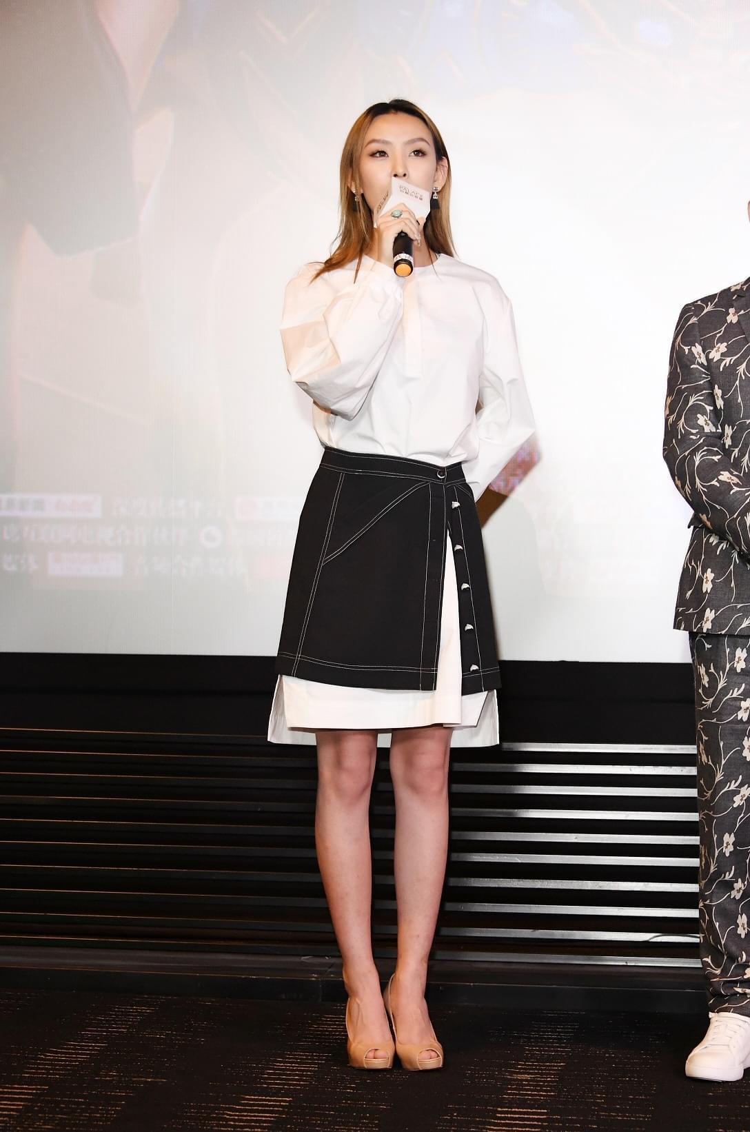 徐歌阳新单加盟《反转人生》  与闫妮宋茜同框