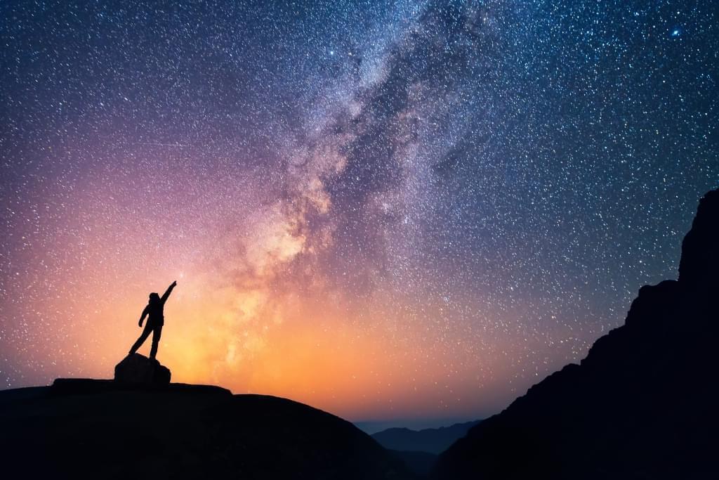 """""""宇宙中人類生命裡使命的探索""""的图片搜索结果"""