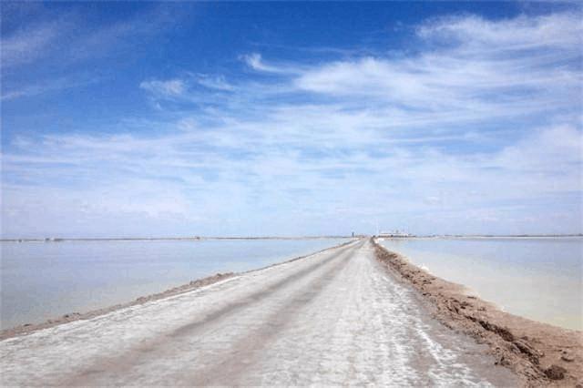 中国唯一用盐铺的路 曾被外国专家质疑