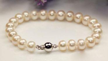 你不知道的珍珠真假辨别方法:用牙齿试试