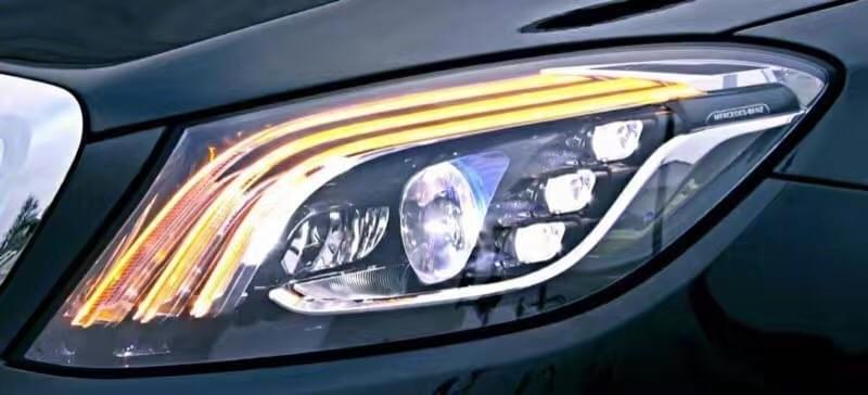 科技感爆棚 小改款奔驰S级大灯细节图曝光