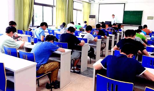 德国预科学校院长将来青坐镇 选拔优秀高考生