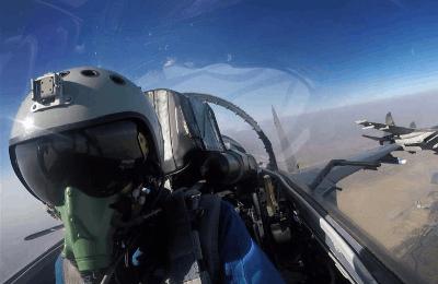 中巴空军开展进攻性空对地作战训练