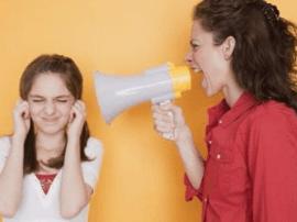 青春期的孩子应该如何管  爸爸妈妈一起学习吧