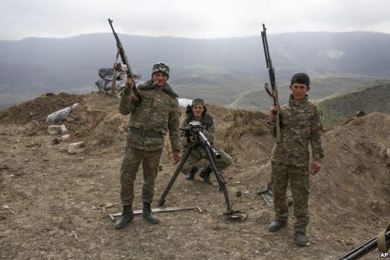 亚美尼亚士兵占山为王