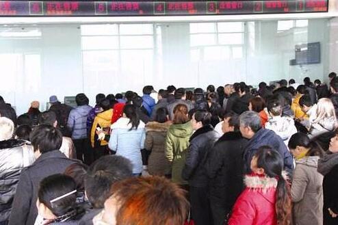 春运以来荆州火车站送客34.6万 客运站备战返程高峰
