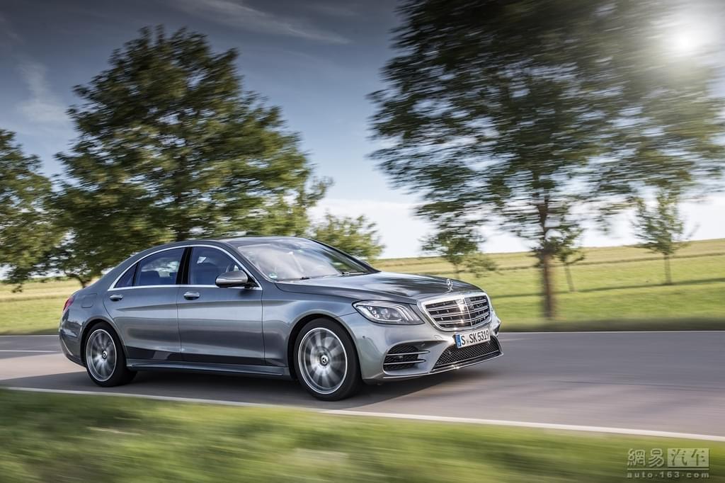 预售95万元起 新款奔驰S级将于今日上市