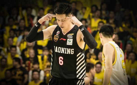 他跟郭少庆生遭遇意外报废两年,如今在总决赛掏出杀手锏,只用24分钟赢回老叔信任!