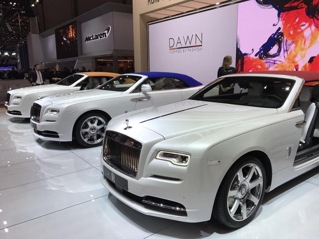 2017日内瓦车展:曜影摩登锋尚特别版