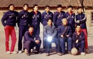 北京工人队活跃10余年 篮球泰斗执教