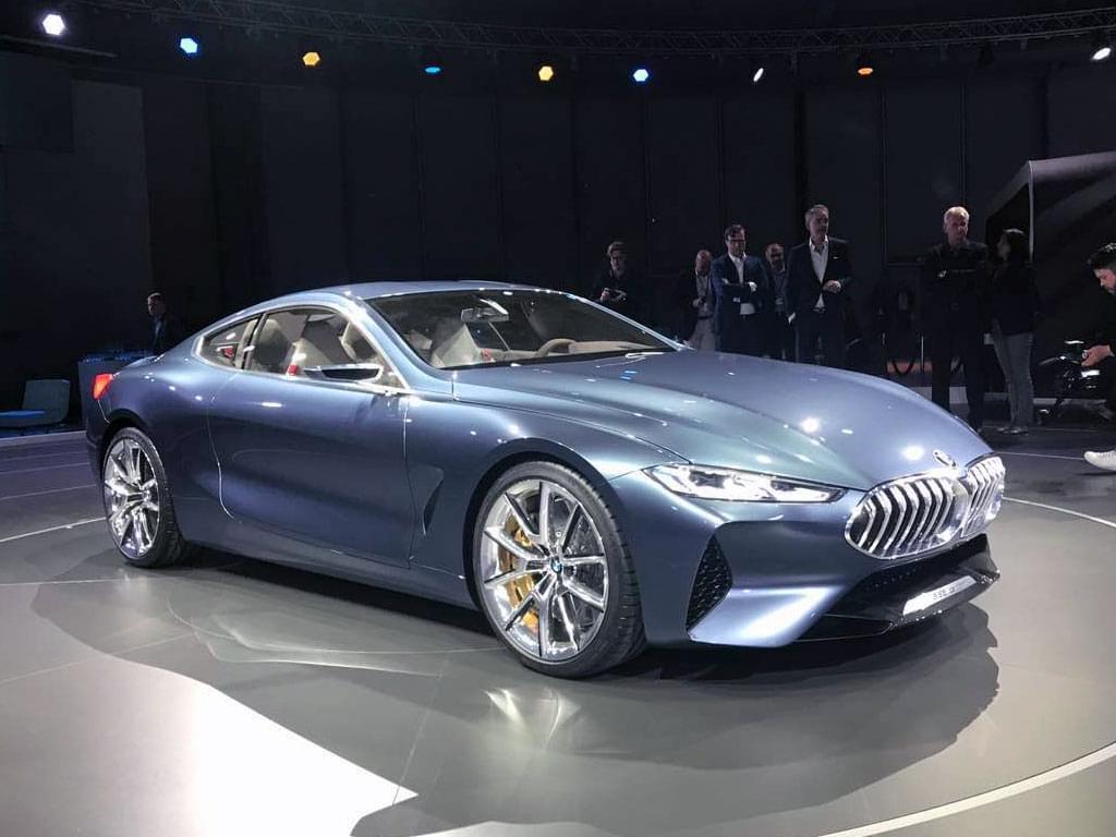 设计风格大改的旗舰 宝马8系概念车首发
