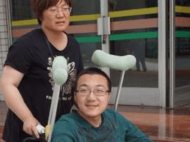 他为什么想带妈妈到清华大学读书?
