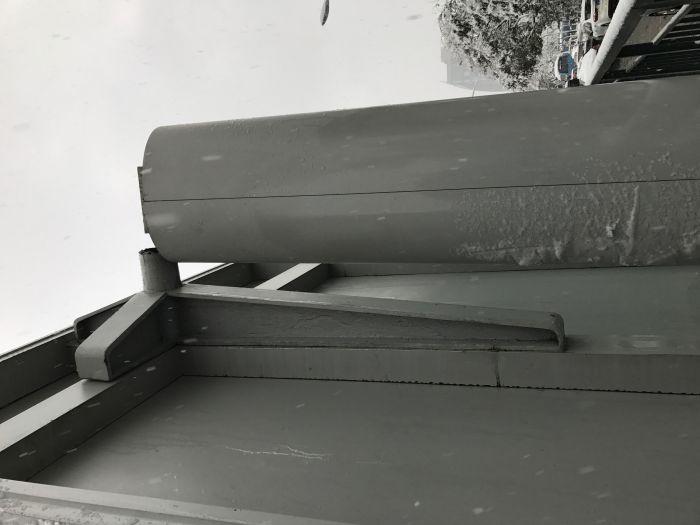 合肥多个公交站被雪压垮 致多人受伤 图2