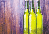 啤酒瓶为啥大多是绿色:最早是能力不行 后来是