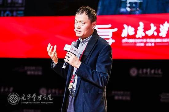 高云峰:政府不要在起跑线上发奖牌