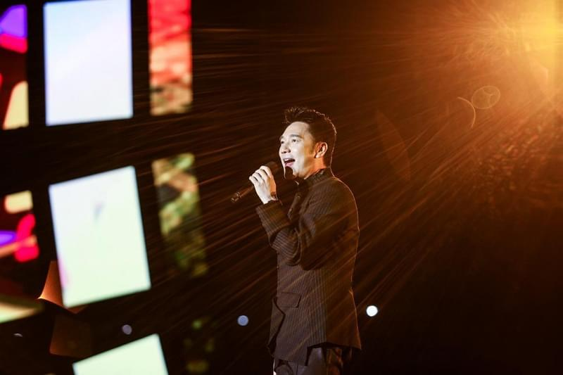 《当红不让》大时代两周年全明星演唱会闪耀夜空
