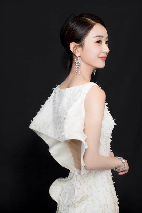 """""""收视女王""""赵丽颖加盟江苏卫视跨年演唱会"""
