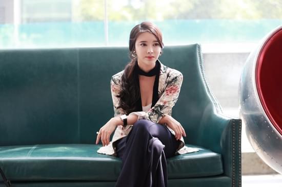 张璇《一粒红尘》上线 办公室大胆椅咚吴奇隆