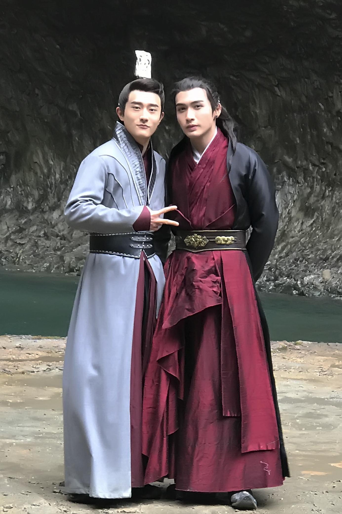 樊驿宁(左)张彬彬(右)