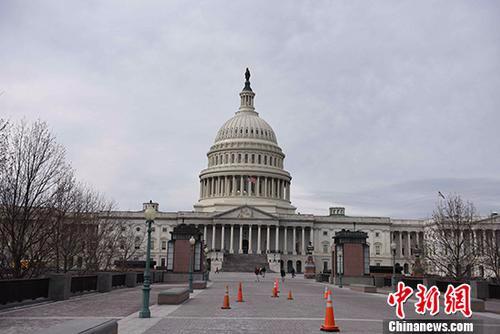 美参院通过开支预算案 政府将躲过第三次关门危机