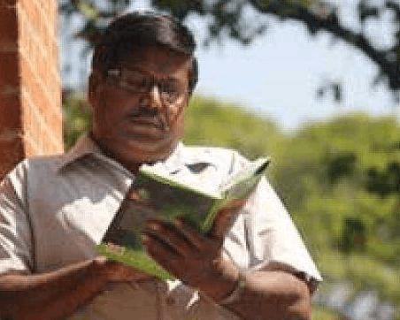 印度好学大叔30年拿下145个学位 仍讨厌数学