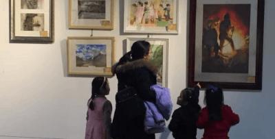 300余幅水彩画亮相 新老艺术家画作展时代特征